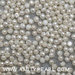 6445 button pearl about 1.75-2mm.jpg