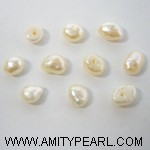 Flat and irregular half drilled fresh water pearl 4.5-5mm.JPG